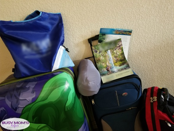 10 Tips for Sleeping Well While Travelling #ad #NatureMadeGummies #CollectiveBias
