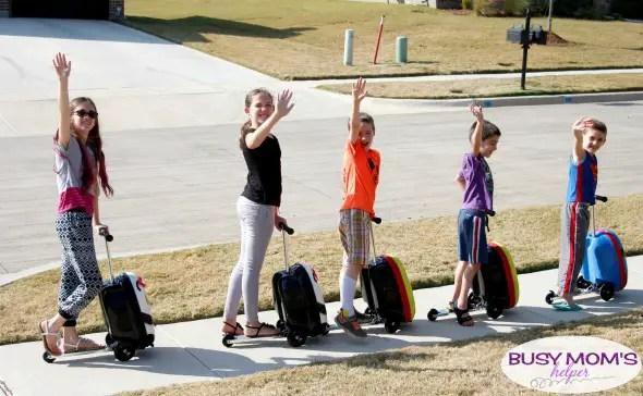 Travel with Kids Made Fun #ad #myzincflyte #sidthecyclops #pollythepanda #pacificblue
