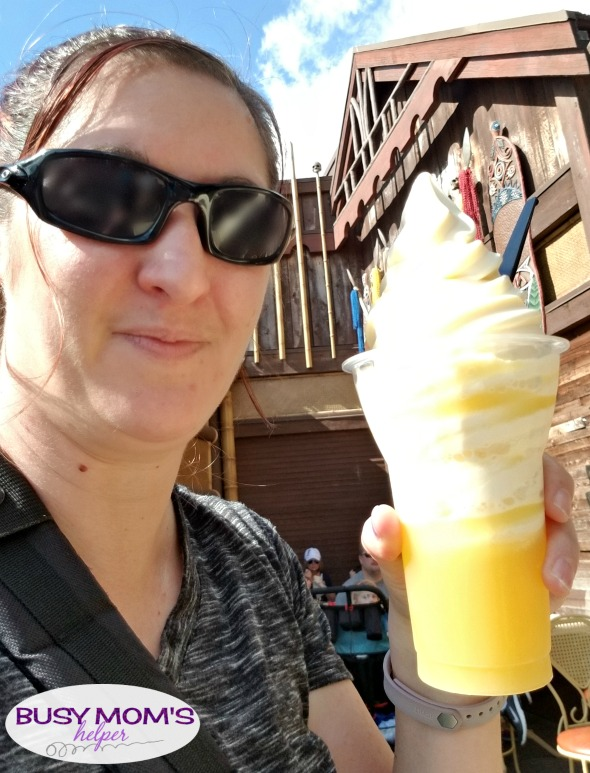 Things to Know about Mobile Ordering at Walt Disney World #waltdisneyworld #disneyworld #orlando #themepark #disneyfood