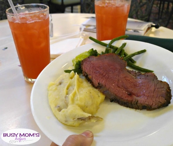 Disney Dining Plan Tips #waltdisneyworld #disneyfood #disneydining #disneyparks #travel #familytravel