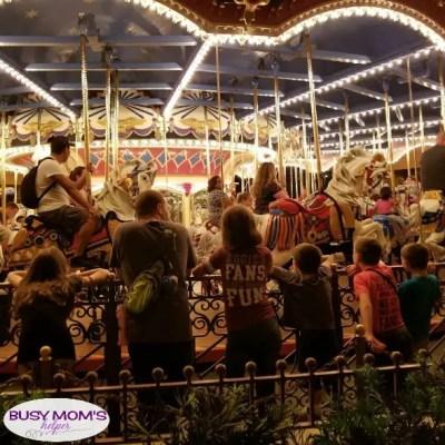 Disney World Activities while in Line #disneyworld #disney #disneyparks #themeparks #travel