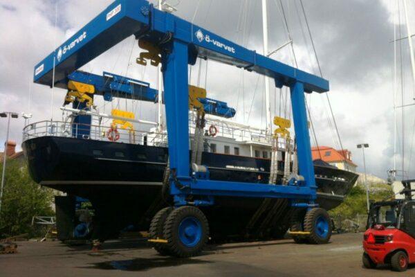 Roodberg-Boat-Handling-Travel-Lift-PHA300-6