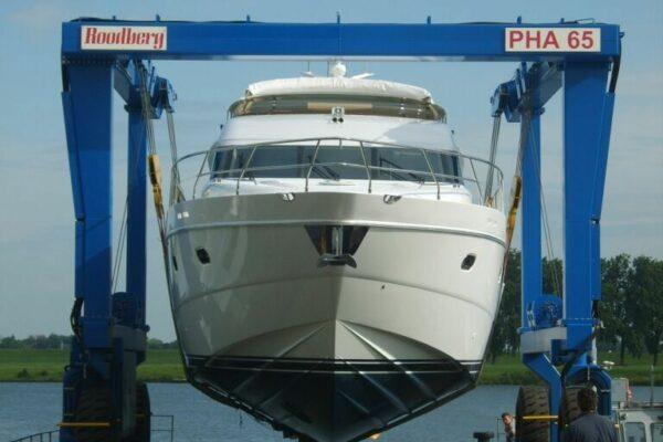 Roodberg-Boat-Handling-Travel-Lift-PHA65-1