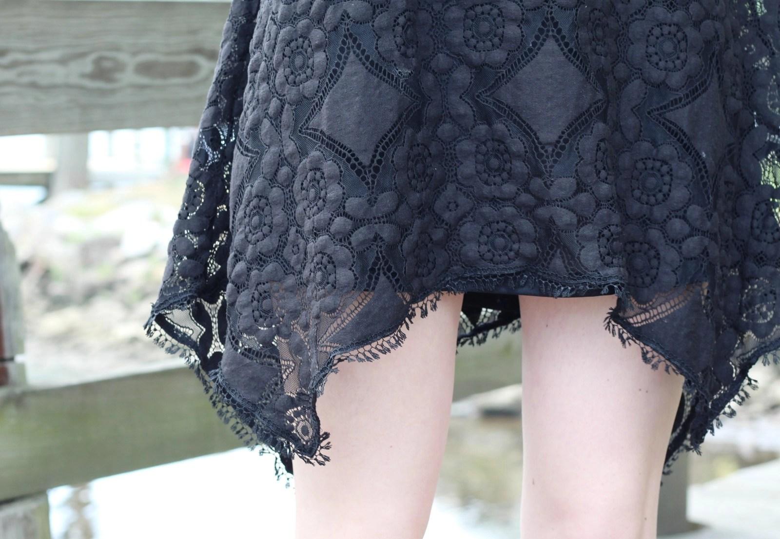 lace-detail