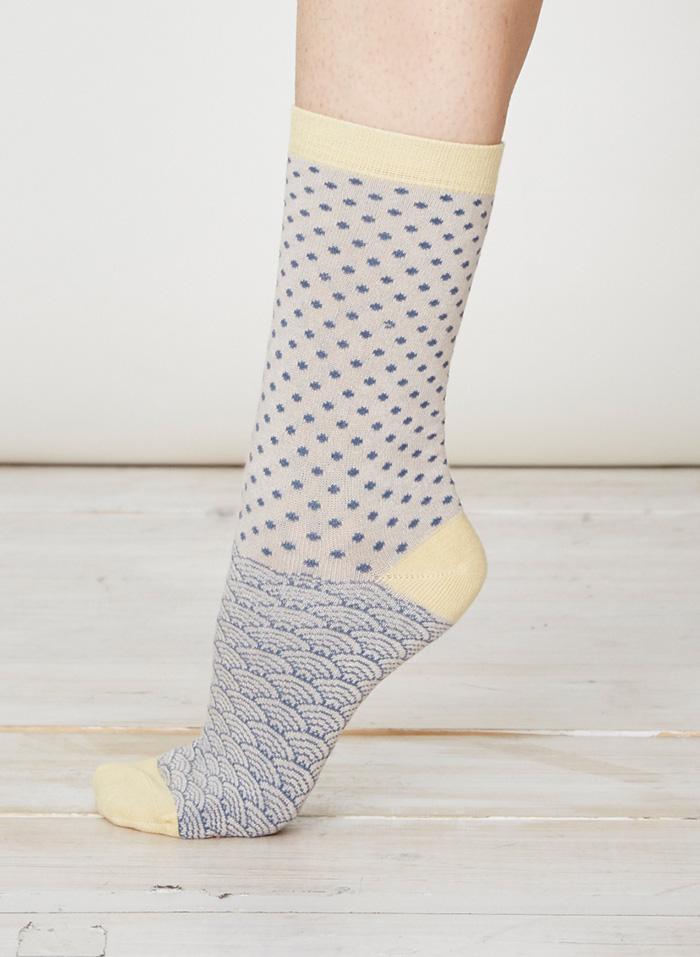 SPW219-Wren-Bamboo-Socks-Stone-Side