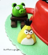 Angry-birds-cake-red-bird-cake2