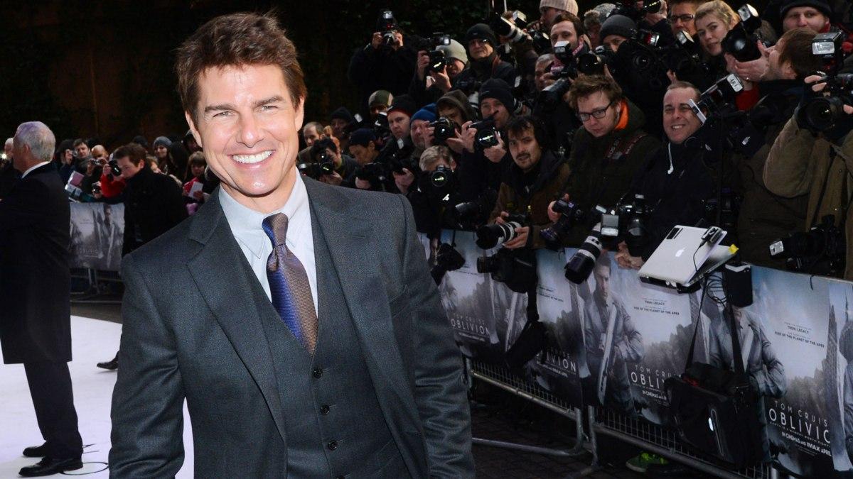 Tom Cruise Tuesday – Happy New Year!!