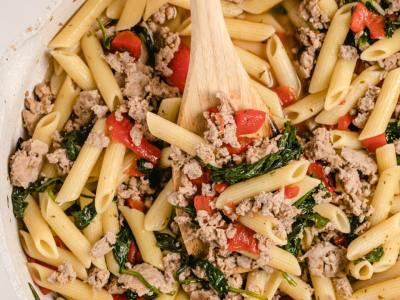 Light Spinach, Sausage & Pepper Pasta