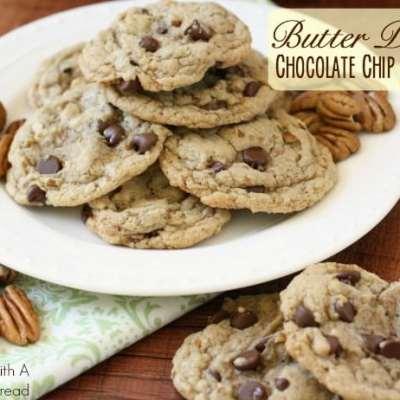 BUTTER PECAN CHOCOLATE CHIP COOKIES