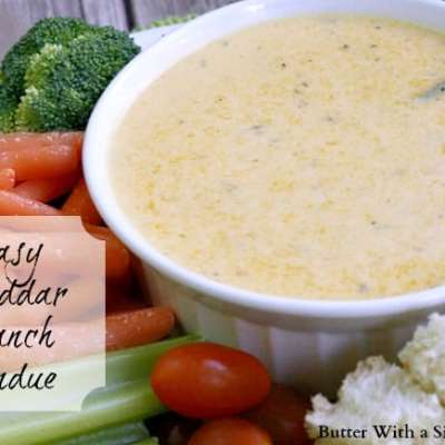 EASY CHEDDAR RANCH FONDUE