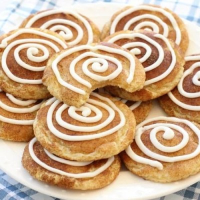 CINNAMON ROLL SNICKERDOODLES