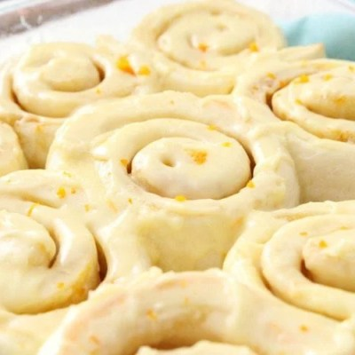 ONE-HOUR ORANGE ROLLS