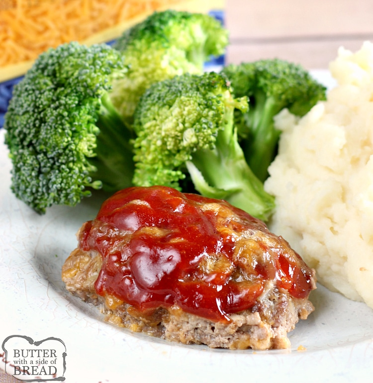 Mini Cheddar Meatloaves made with just 6 common ingredients in under an hour! Mini Meatloaf is so easy to make- just shape and top with our special 3 ingredient sauce and bake. This meatloaf recipe is gluten free, low in carbs and absolutely delicious!