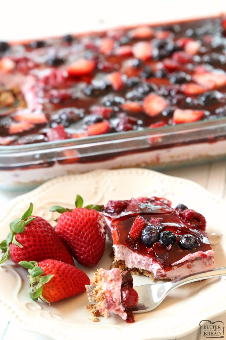 Berry Jello Pretzel Salad
