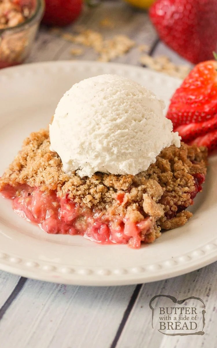 Strawberry Crisp filled with sweet, juicy strawberries & topped with crunchy cinnamon oats. Easy strawberry crisp recipe made fast and perfect served with vanilla ice cream.