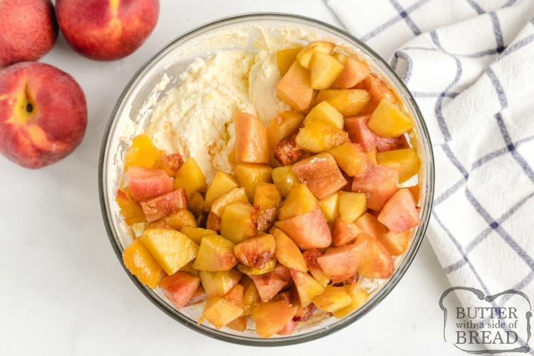 Peaches in creamy fruit salad recipe