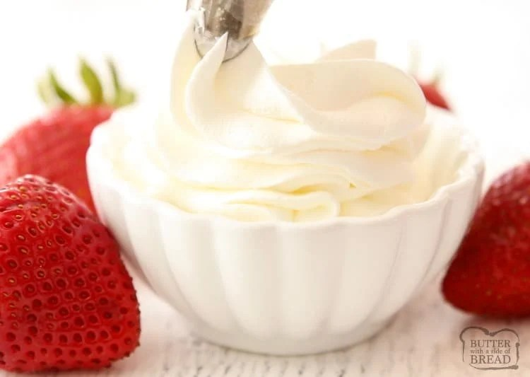 Stabilizing whipped cream