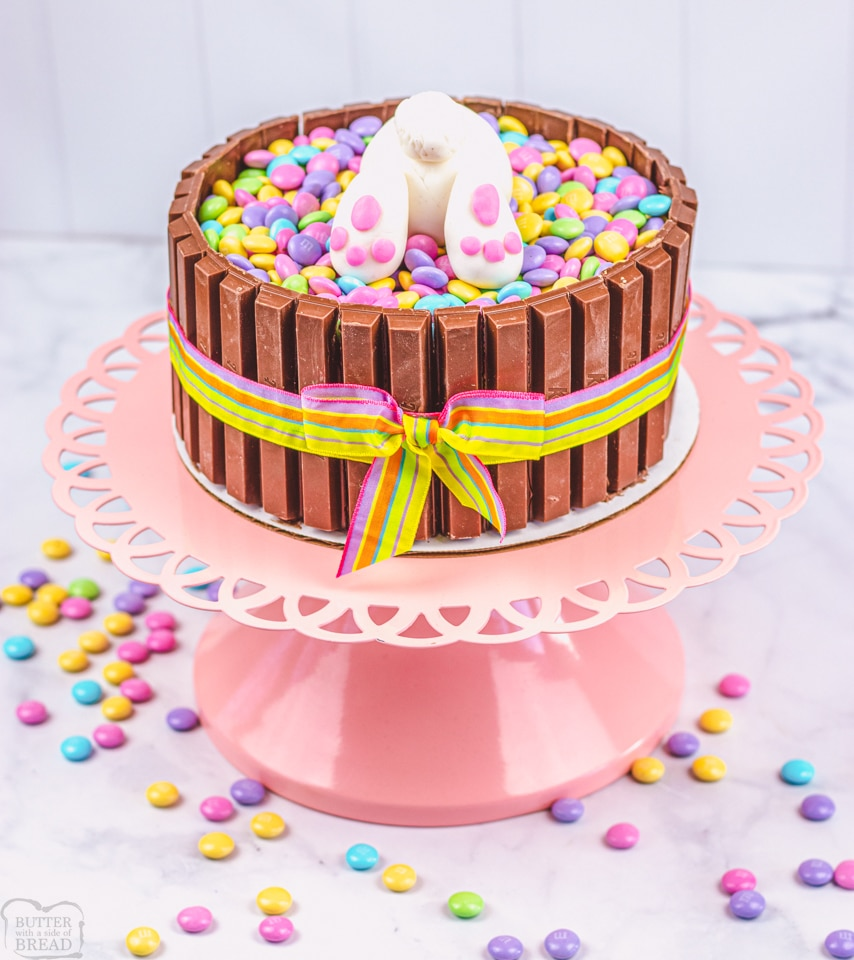 How to make an Easter bunny Kit Kat Cake
