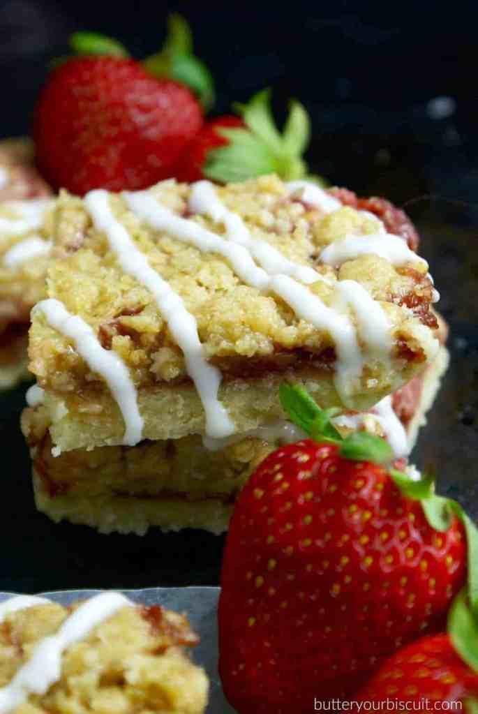 Strawberry Crumble Bars
