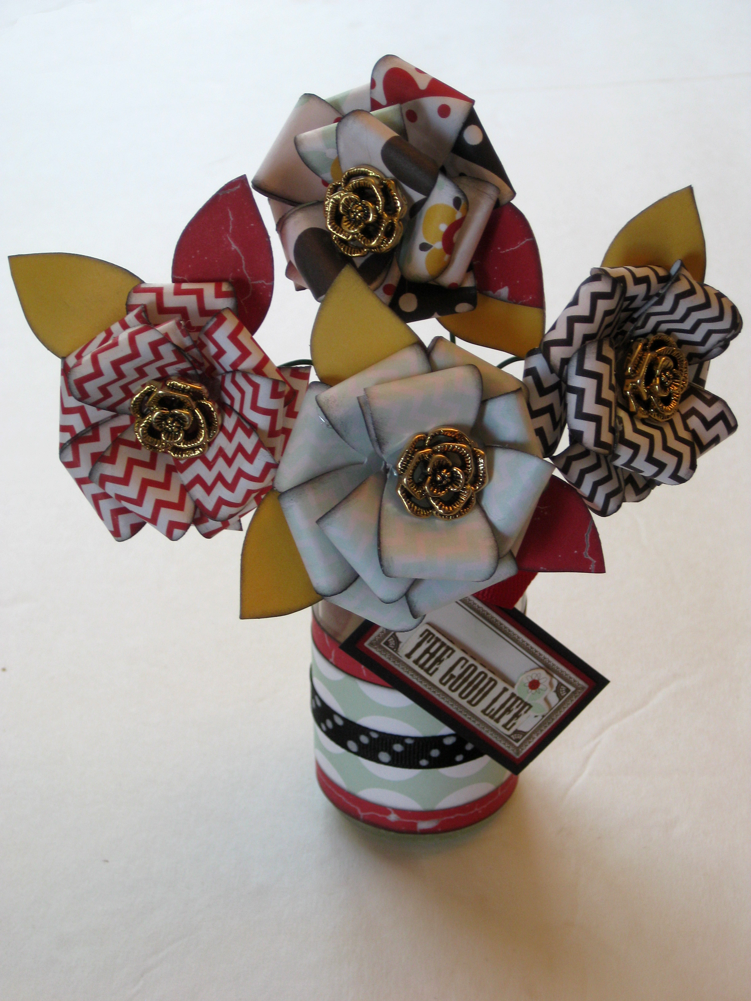 Paper Flower With Vintage Buttons Tutorial