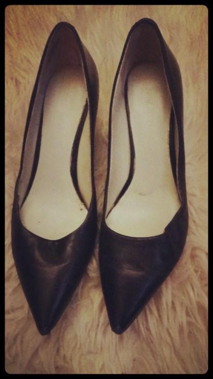 Black leather pumps 1