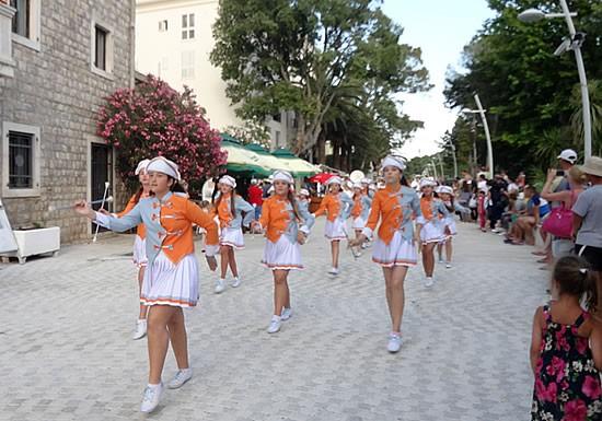 Mazoretke - 1