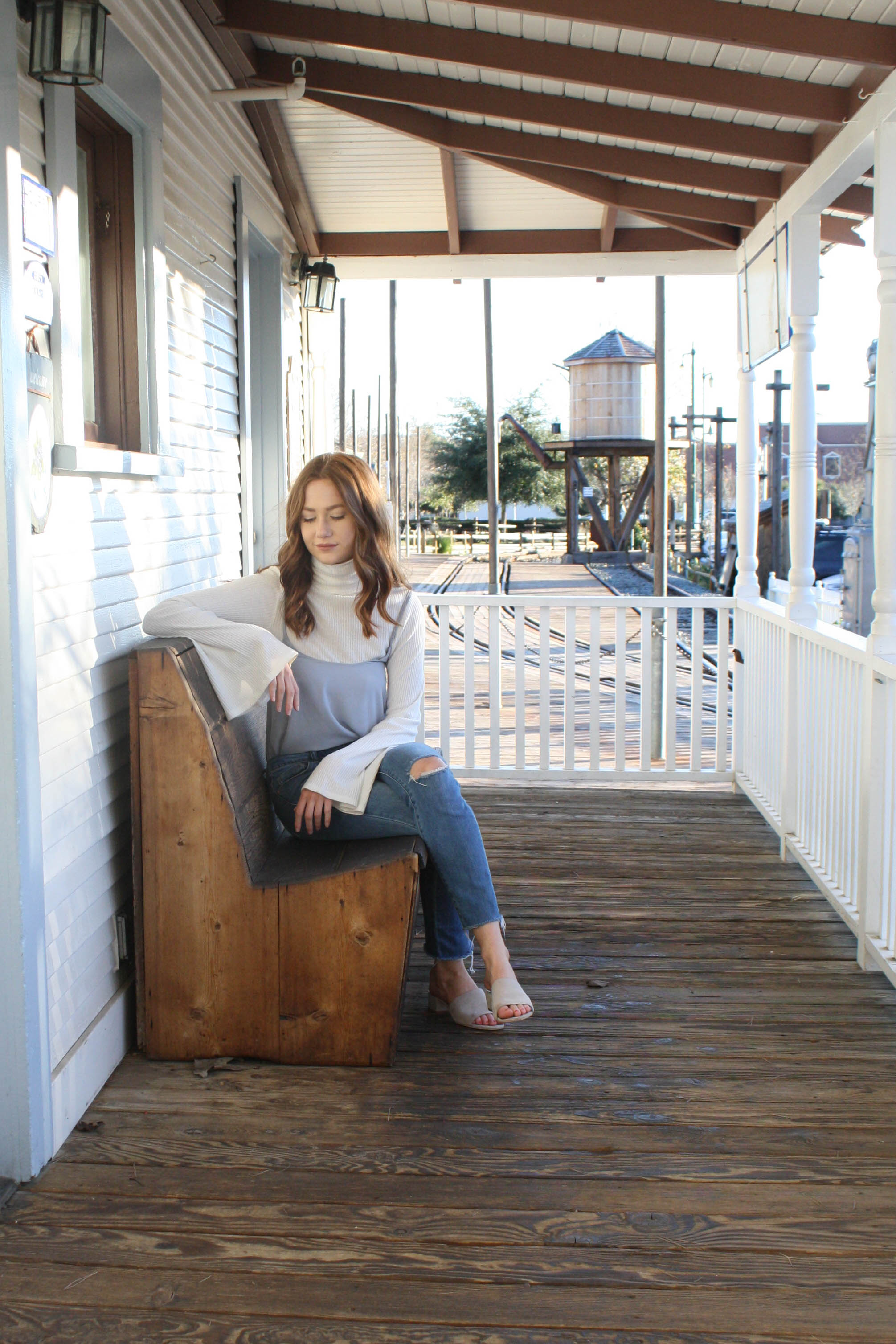 but what should i wear style blog by allison kelley bell sleeve and lavender top