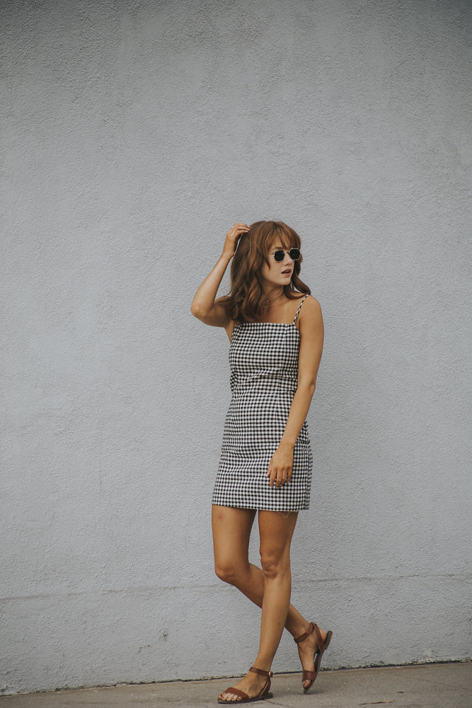 Five Gingham Dresses and Outfits you need this fall and how to style them // @allisonnkelleyy