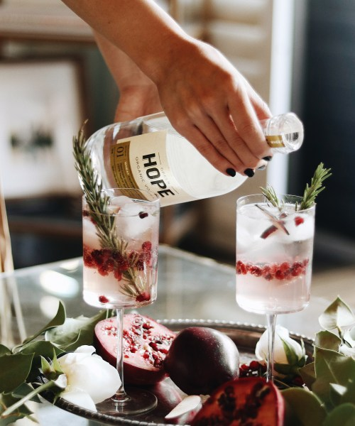 Pomegranate champagne Holiday Cocktail recipe