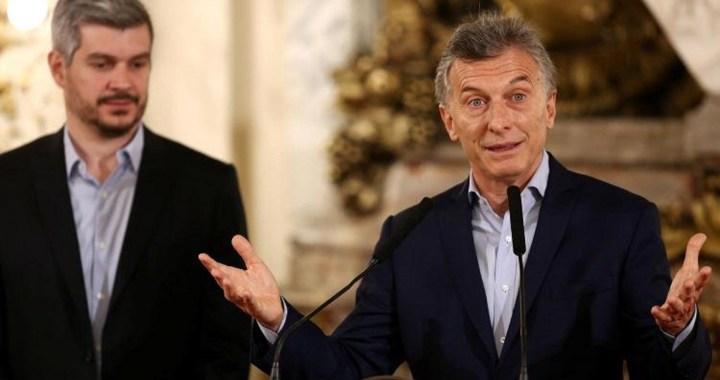 Macri tuvo que retroceder y derogar la eliminación de las Asignaciones Familiares