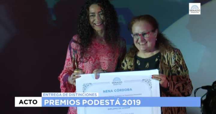 Mientras Urtubey ningunea al teatro local, salteña recibió el premio Podestá 2019