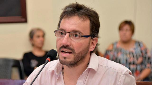 Del Frari pidió la renuncia de Hanne en la AMT por el conflicto en Saeta