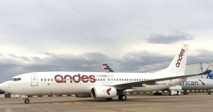 Crisis en los cielos: Andes suspende vuelos y peligra el ingreso de 100 familias salteñas
