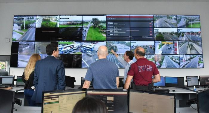 Cómo entrecruzan datos en el Gobierno para controlar a los argentinos en cuarentena