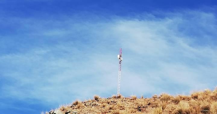 Brecha digital: ENACOM instaló torre para llevar internet al interior salteño