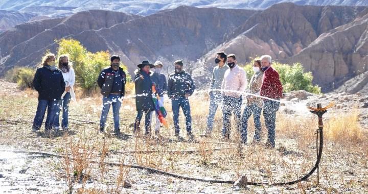 Familias y pequeños productores de El Gólgota cuentan con una red de agua para producción