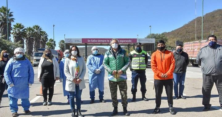 El Sindicato de Camioneros donó termómetros láser al gobierno salteño
