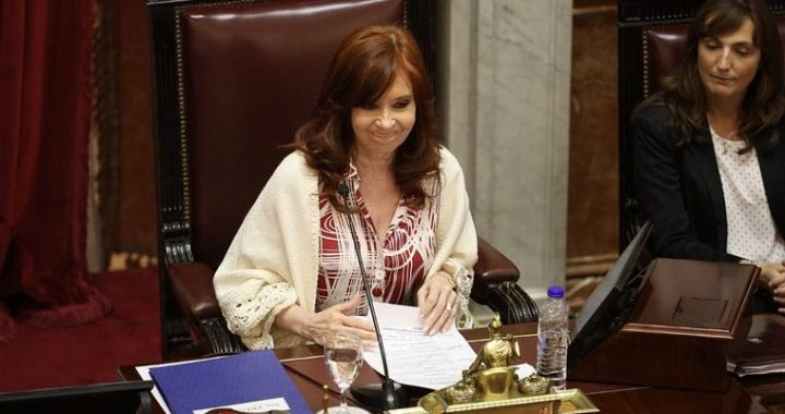 Cristina validó el decreto que congela tarifas de telefonía, internet y TV paga