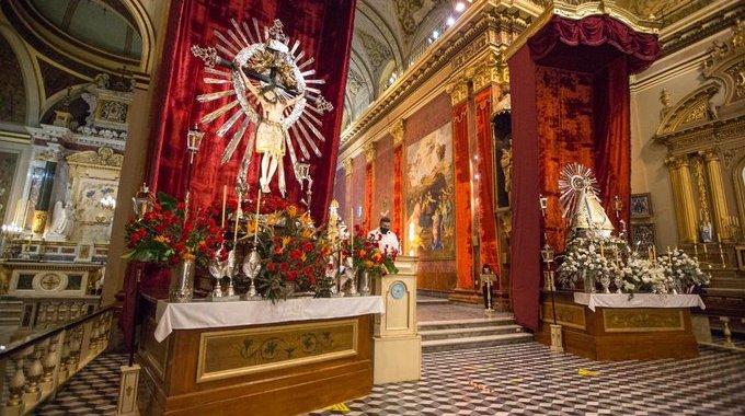 «Hay que evitar aglomeraciones»: Romero rechazó ir a la procesión del Milagro