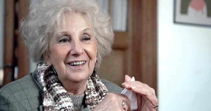 Estela Carlotto cumple 90 años: su historia y algunos saludos que le dedicaron