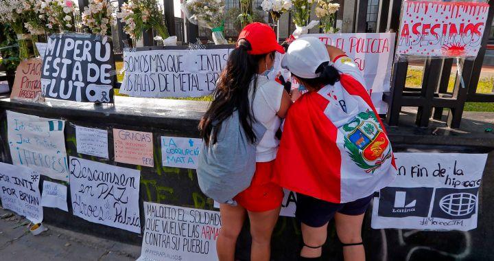 Sagasti asumió la presidencia de Perú y prometió encauzar la economía y el proceso electoral