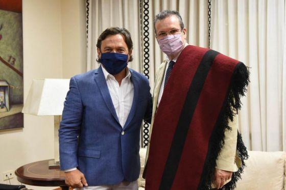 Güemes héroe nacional: Sáenz recibió al ministro Tristán Bauer