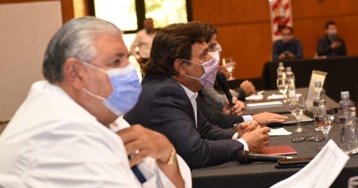 Sáenz analiza nuevas medidas con gerentes de hospitales públicos y privados