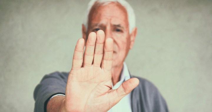 Aseguran que 5 de cada 10 agresores de adultos mayores son sus hijos e hijas