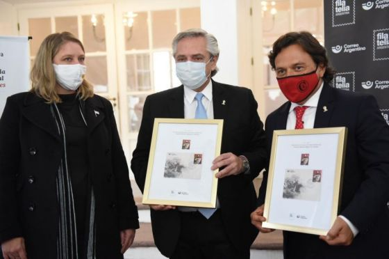 Nación y Provincia metasellaron la emisión postal en homenaje al General Güemes