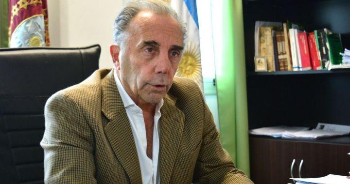 Maltrato y persecución laboral: denuncian al juez federal Carlos Martínez Frugoni