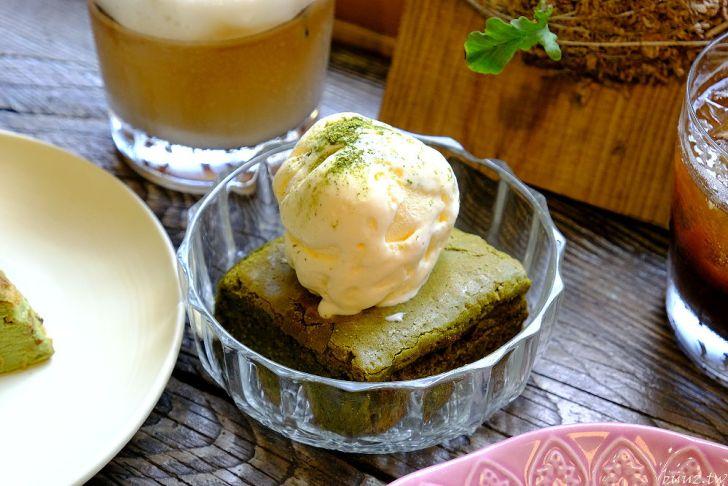 20210429195205 84 - 巷弄轉角的小巧咖啡甜點店,榮華街咖啡,迷人千層蛋糕配西西里檸檬咖啡