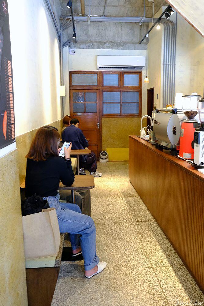 20210509182026 82 - 木質調結合老宅氛圍,asakawa淺川咖啡館,老物件襯托濃厚懷舊味~