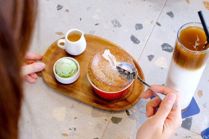 20210516193746 1 - 老宅、花窗、空間美,法希諾咖啡有蓬鬆舒芙蕾的迷人蛋香~