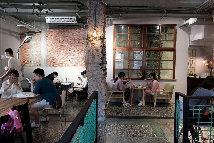 20210926175449 1 - 巷弄內的隱密咖啡館,駿咖啡,二樓散發的老屋氛圍讓人著迷~